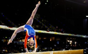 BERLIJN - Yvette Moshage is woensdag in actie op het onderdeel balk tijdens de kwalificatieronde van het EK Turnen in Berlijn. De Europese Kampioenschappen worden gehouden van 6 tot en met 10 april. ANP ROBIN UTRECHT